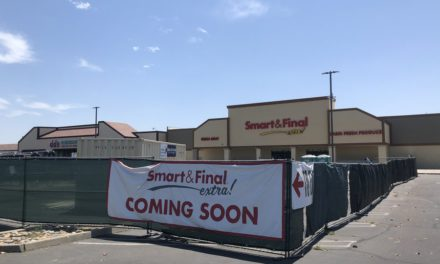 Smart & Final Extra! to open at month's end:<br> <span style='font-weight:200; color:#a1a1a1; font-size:80%;'>Grocery returns to Turlock Town Center</span>