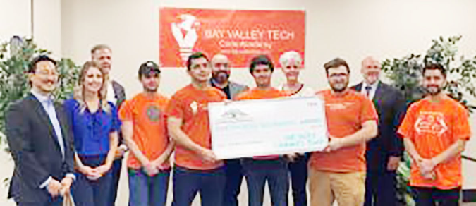 Oak Valley Bank partners with Bay Valley Tech:<br> <span style='font-weight:200; color:#a1a1a1; font-size:80%;'>Expansion of academy classes, tech jobs</span>
